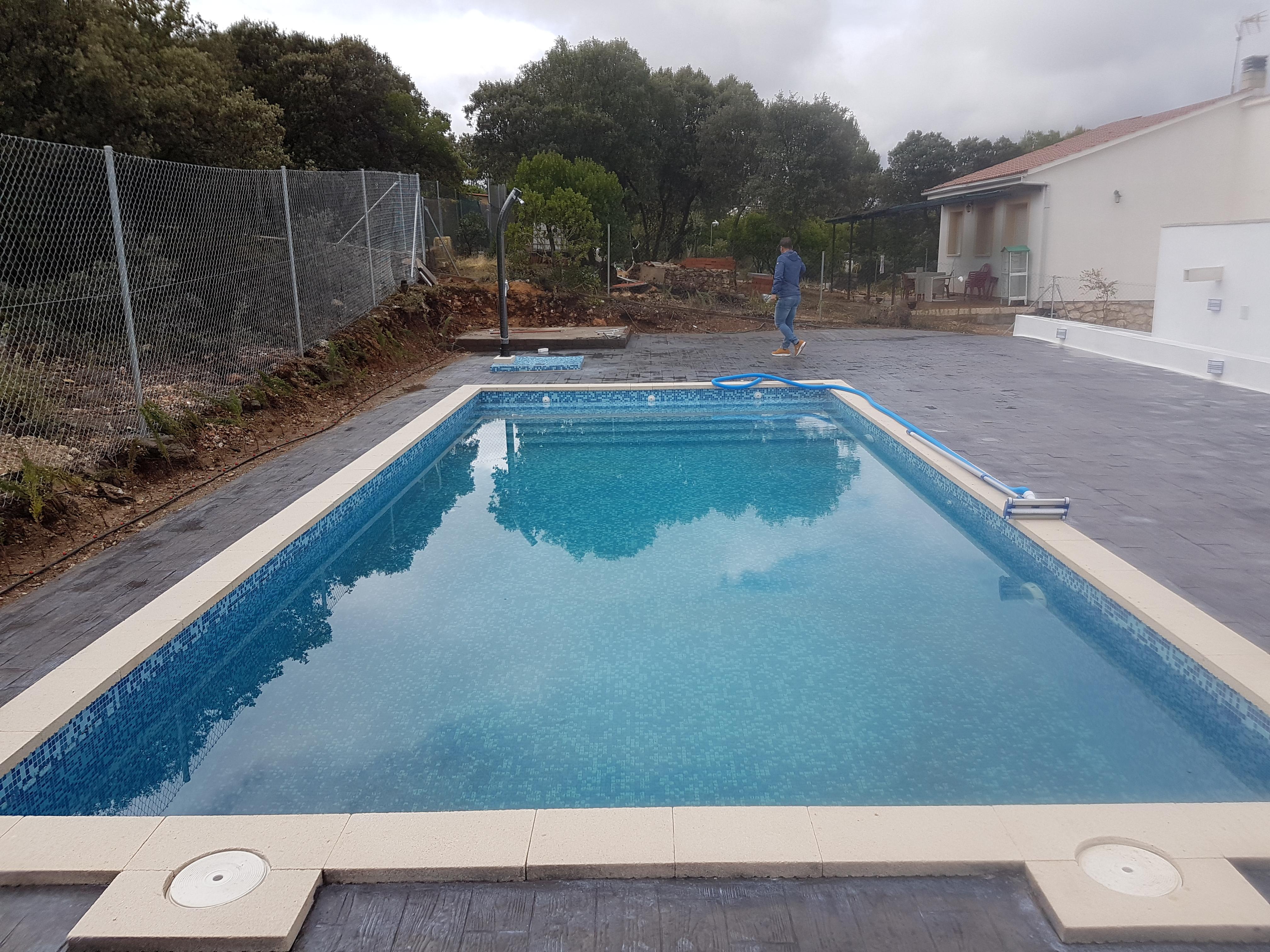Construcci n de piscinas en c rdoba adatres construcci n for Construccion de piscinas en corrientes